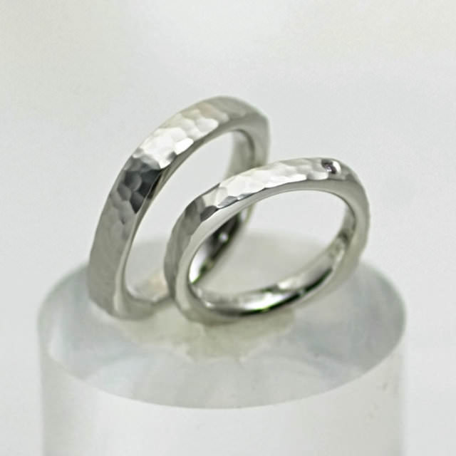 oj280091-pt900-marriage-ring.jpg