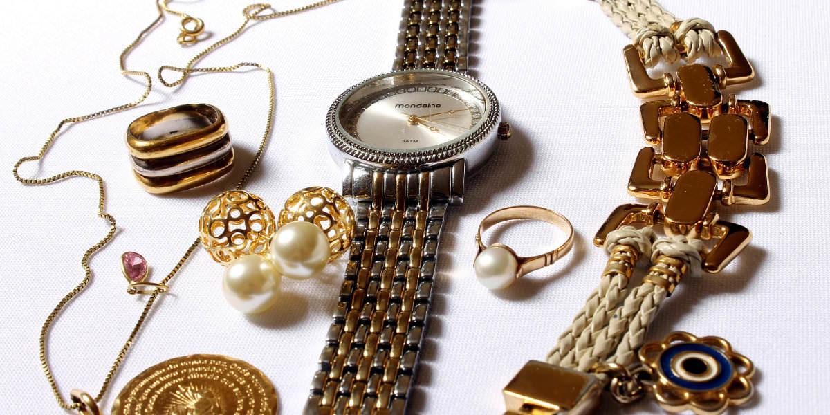 Jewelry-Buy (ジュエリー・アクセサリーお買取り)