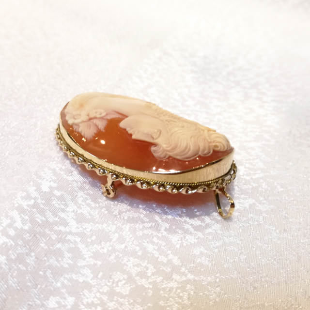 S300038-cameo-brooch-after