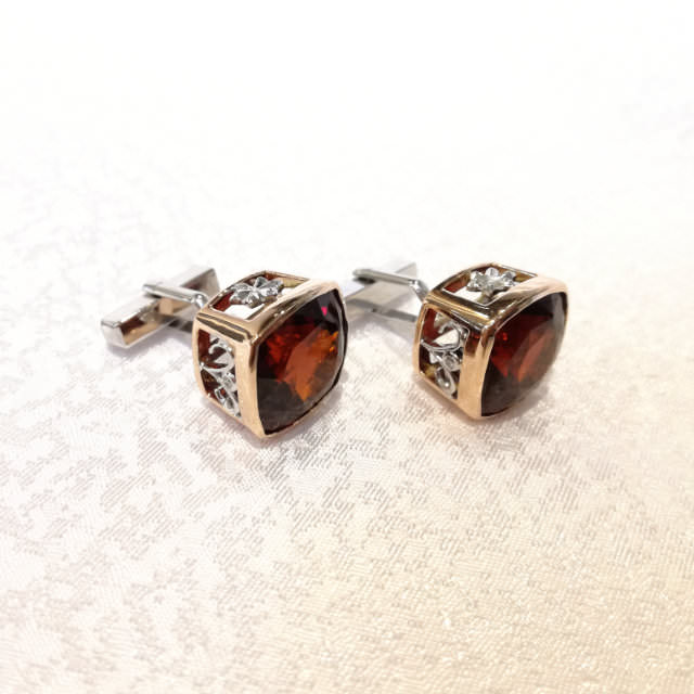 OJ290061-cuff-links-k14pg-k14wg-1