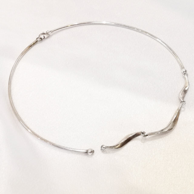 S300268-necklace-sv-before.jpg