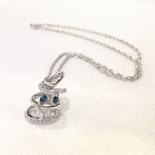 S310007-pendant-k18wg-after.jpg