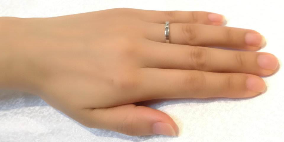 指輪の幅によるイメージの違い2.5mm