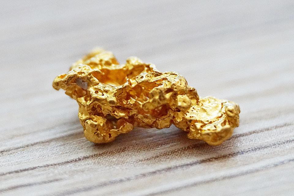 金(ゴールド)の歴史と物質としてのちょっとディープな話