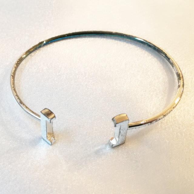 S300257-bracelet-before.jpg
