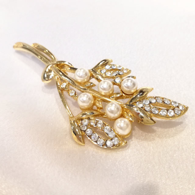 S310231-brooch-after.jpg