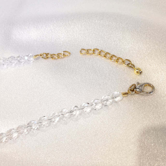 S320007-necklace-before.jpg