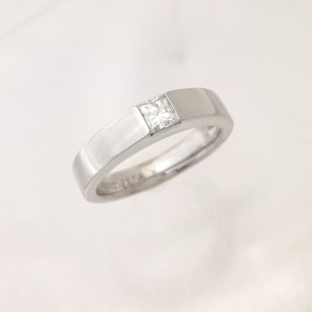 R320004-ring-pt900-before.jpg