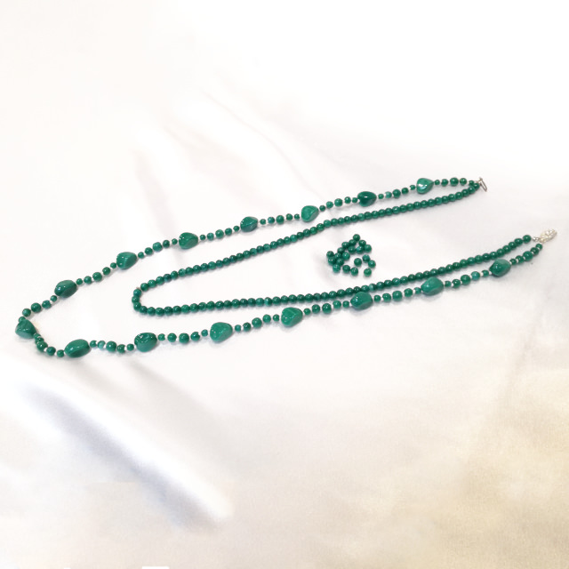 S320066-necklace-before.jpg