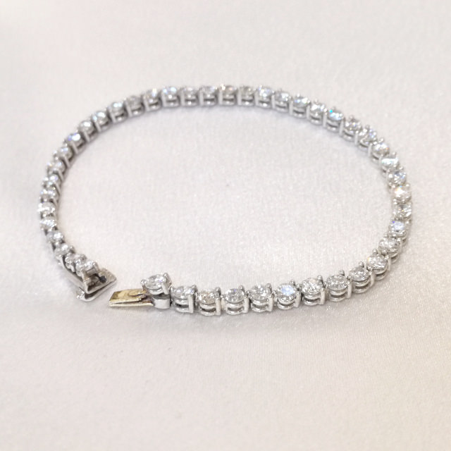 S320112-bracelet-pt900-after.jpg