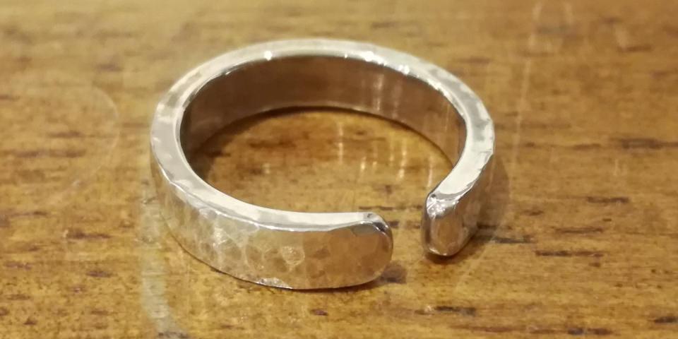 フリーサイズ加工による指輪のサイズ調整