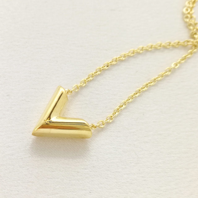 S320339-necklace-after.jpg