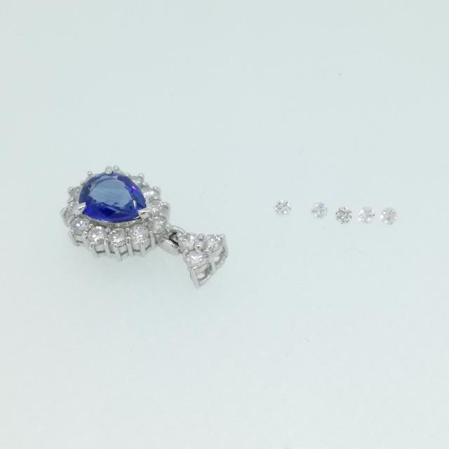 R330027-earring-pt900-before.jpg