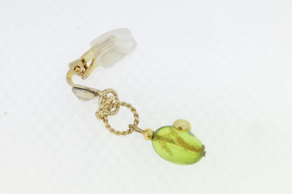 コハク・淡水真珠マスクチャーム(MC014)の側面