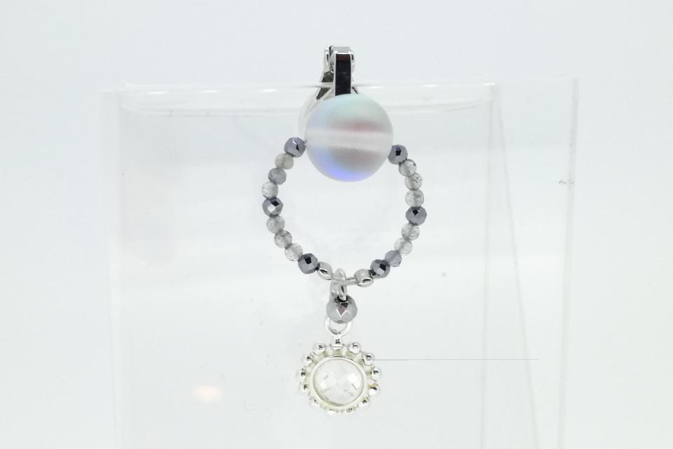 水晶・ラブラドライト・ヘマタイトマスクチャーム(MC015)の正面