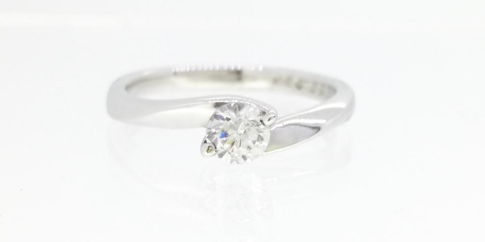 婚約指輪の爪の種類-2本爪