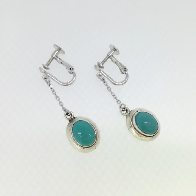 R330085-earring-sv-after.jpg